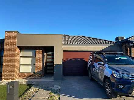 10 Tunnel Road, Wollert 3750, VIC House Photo