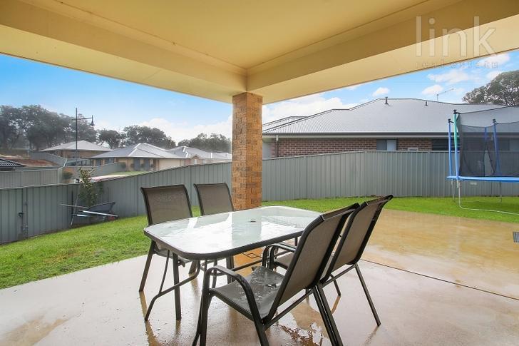 24 Friarbird Way, Thurgoona 2640, NSW House Photo