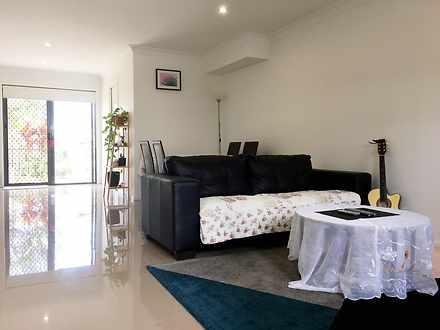 30 Girraween Crescent, Parkinson 4115, QLD Townhouse Photo