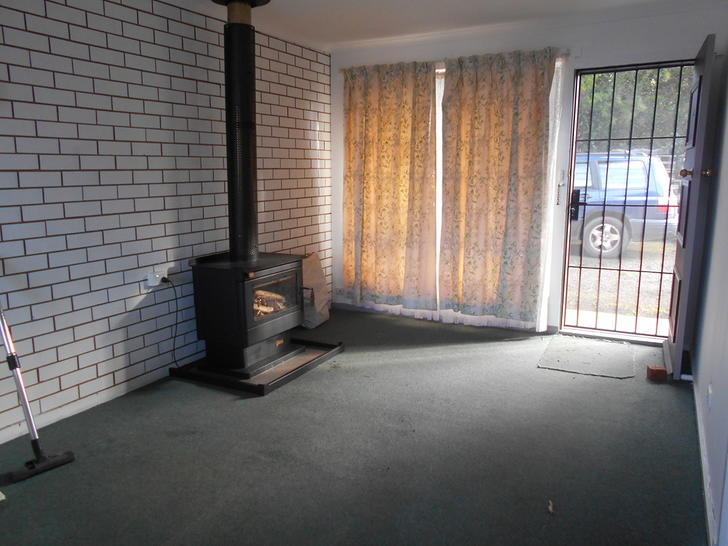 2/2771 Old Melbourne Road, Dunnstown 3352, VIC Flat Photo