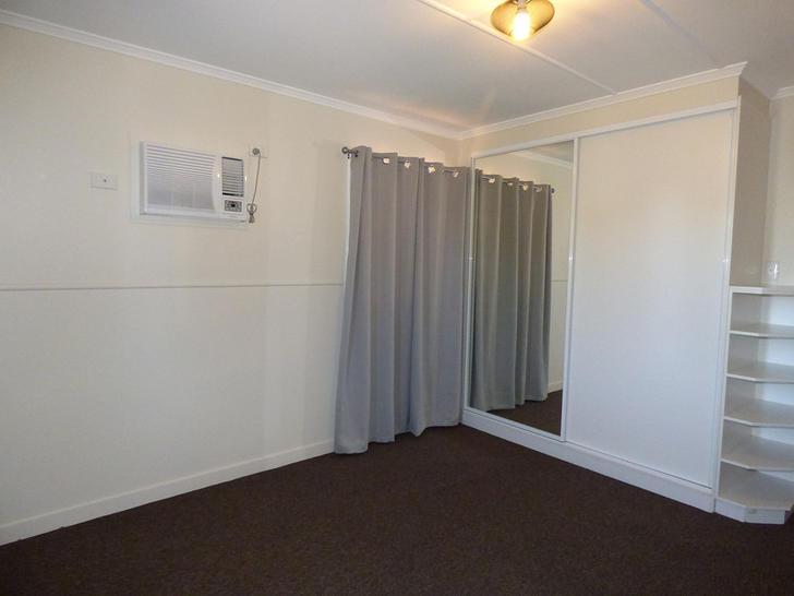 12 Robert Street, St George 4487, QLD House Photo