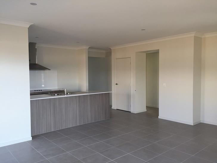 5 Wicker Road, Park Ridge 4125, QLD House Photo