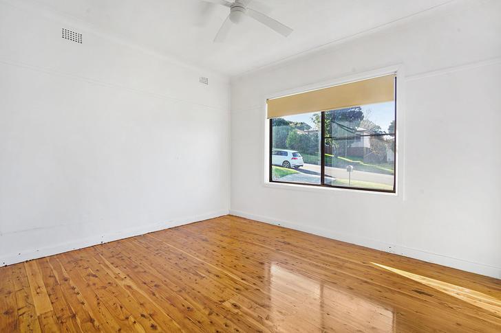 72 Taronga Avenue, Mount Saint Thomas 2500, NSW House Photo