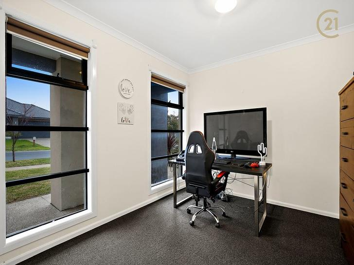 21 Tweed Road, Clyde North 3978, VIC House Photo
