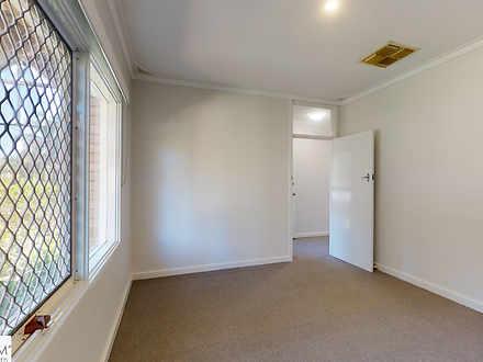 11b4ff15f3370b91bd6ddcd4 30945237  1623233416 18929 121 bulong avenue redcliffe main bedroom 1623234241 thumbnail