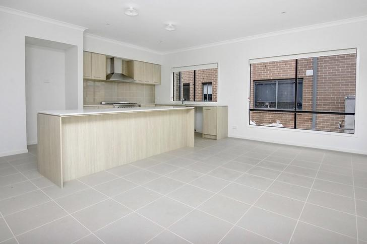 12 Roskopp Avenue, Clyde North 3978, VIC House Photo