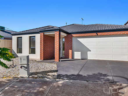 11 Ferdinand Place, Harkness 3337, VIC House Photo