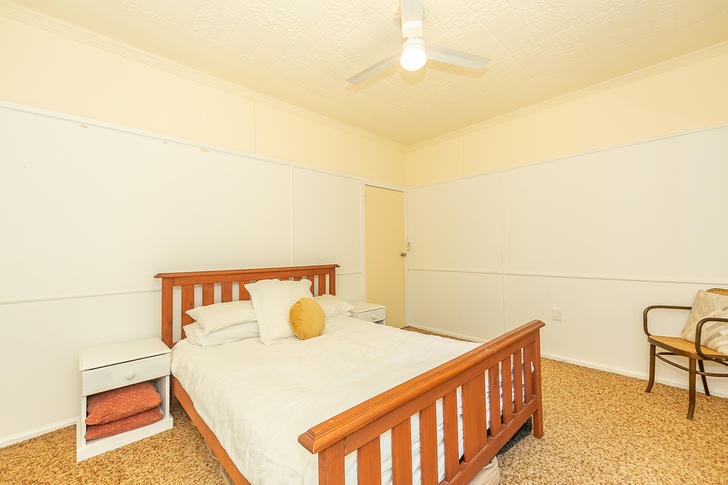 24 Brushbox Street, Lake Hume Village 2640, NSW House Photo