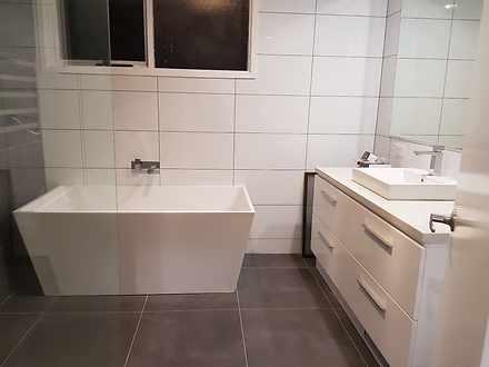 Hb main bathroom 1623300874 thumbnail
