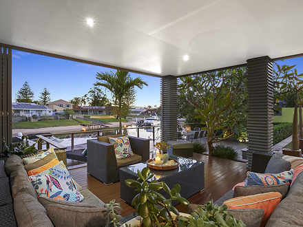 12 Andrew Avenue, Broadbeach Waters 4218, QLD House Photo