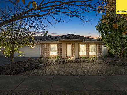 10 Rosedale Court, Harkness 3337, VIC House Photo