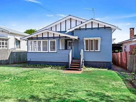 16 Lochel Street, Mount Lofty 4350, QLD House Photo