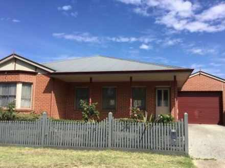 418 Finch Street, Ballarat East 3350, VIC House Photo