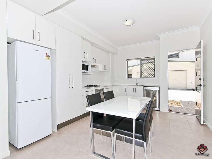 ID:21074610/7 Debra Street, Coopers Plains 4108, QLD Townhouse Photo