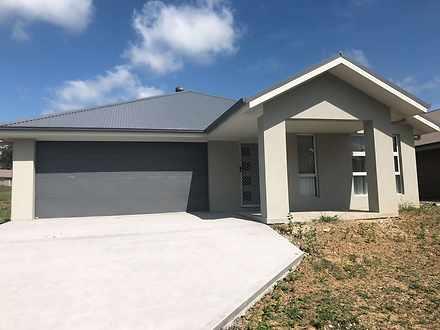 17 Tooze Circuit, North Rothbury 2335, NSW House Photo