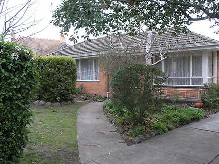 1/13 Wattle Valley Road, Canterbury 3126, VIC Villa Photo