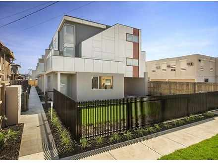 3/32 Earl Street, Airport West 3042, VIC Townhouse Photo