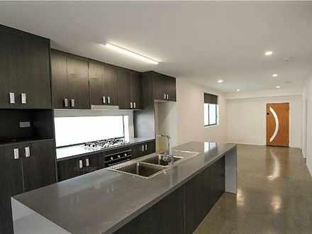 2/72 Gladstone Road, Highgate Hill 4101, QLD Apartment Photo