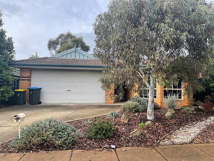 17 Whitlam Green, Point Cook 3030, VIC House Photo