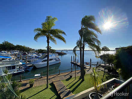 10/9-11 Spinnaker Drive, Sandstone Point 4511, QLD Townhouse Photo