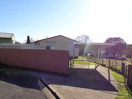 3 Flinders Court, Tumut 2720, NSW House Photo