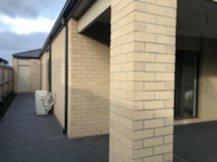 5 Aylesbury Avenue, Truganina 3029, VIC House Photo