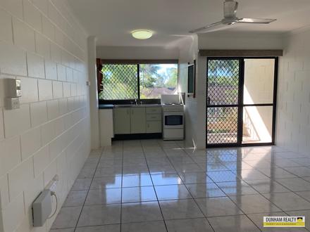 52/5-9 Fisk Street, Westcourt 4870, QLD Apartment Photo