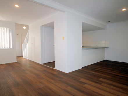 2012/6 Crestridge Crescent, Oxenford 4210, QLD Townhouse Photo
