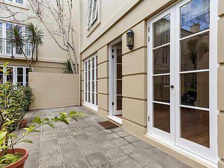 16/201 Wellington Parade South, East Melbourne 3002, VIC Apartment Photo