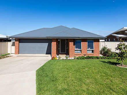 3 Mulberrygong Court, Gobbagombalin 2650, NSW House Photo