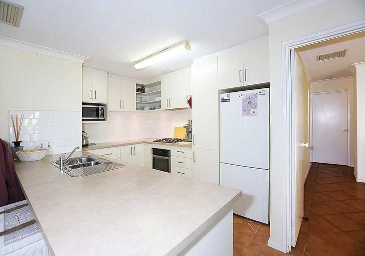 10 Meloway Drive, Maida Vale 6057, WA House Photo