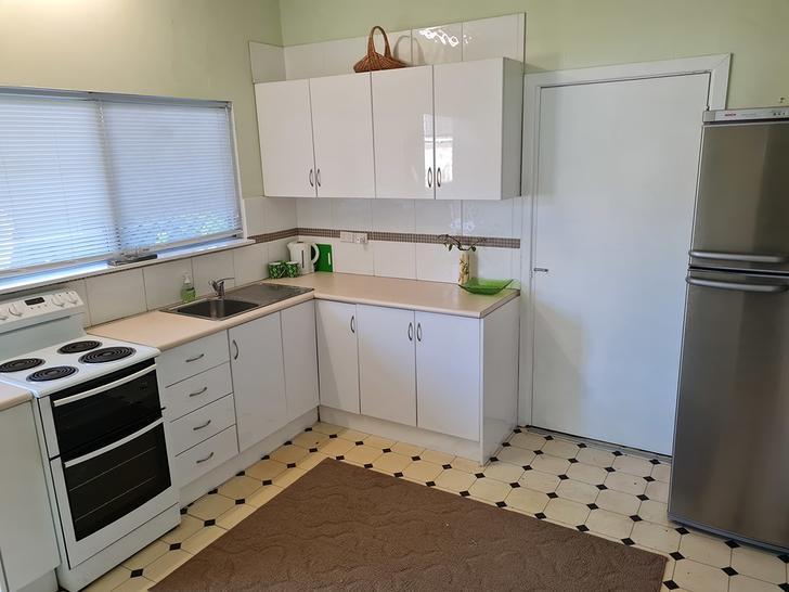 2/251 Spence Street, Bungalow 4870, QLD Duplex_semi Photo