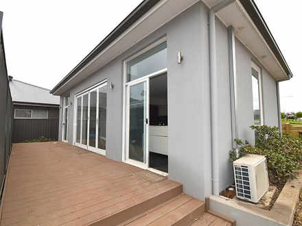94 Belmont Avenue, Spring Farm 2570, NSW Flat Photo
