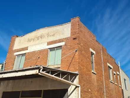 FLAT 20 Bank, Molong 2866, NSW Flat Photo