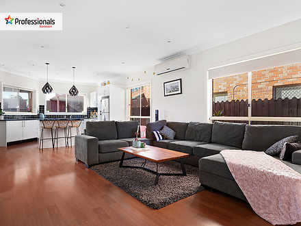 12 Farnborough Court, Wattle Grove 2173, NSW House Photo