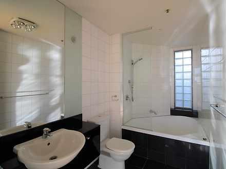 408cd37152c67e542bec123c bathroom  9142 5f10d7c4e07f6 1625174909 thumbnail