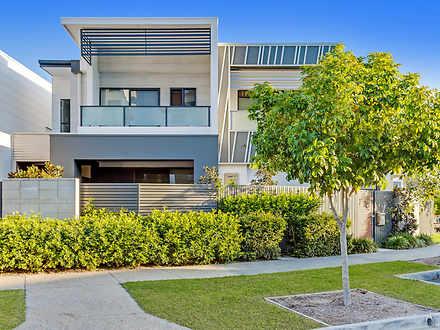 28 Fairlight Avenue, Robina 4226, QLD Townhouse Photo