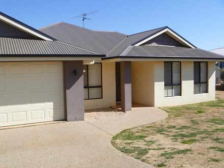 25 Highgrove Drive, Highfields 4352, QLD House Photo