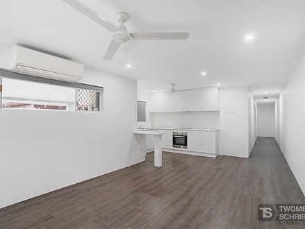 B/102-104 Dillon Street, Westcourt 4870, QLD Duplex_semi Photo