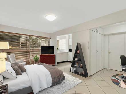 3/8 Macleay Street, Potts Point 2011, NSW Studio Photo