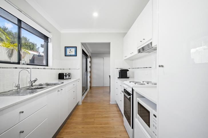 2/18 Burra Street, Chevron Island 4217, QLD House Photo