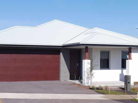 8 Carl Street, Googong 2620, NSW House Photo