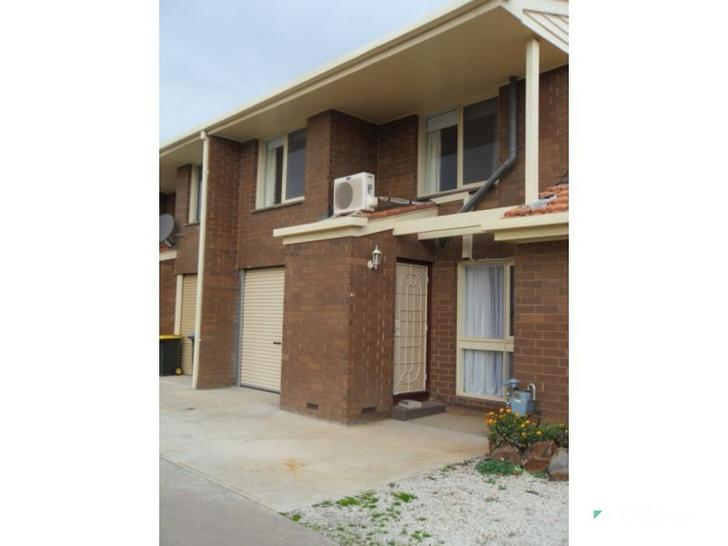 3/27 Deutgam Street, Werribee 3030, VIC Townhouse Photo