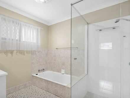 1a7874ba510f5b04bf41faac 30539 bathroom 1626073884 thumbnail