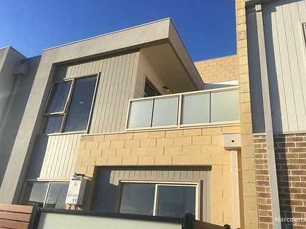 18/2 Rockgarden Drive, Truganina 3029, VIC Townhouse Photo
