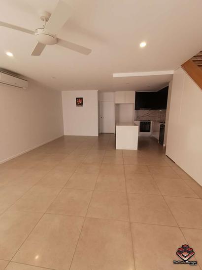 ID:21077707/2 Bella Avenue, Robina 4226, QLD Townhouse Photo