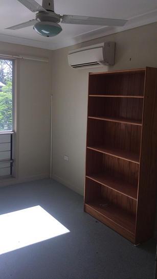 1/6 Emuapple Street, Tieri 4709, QLD Unit Photo