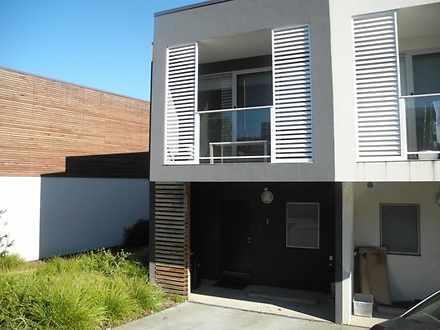 1 Poinsettia Court, Bundoora 3083, VIC Townhouse Photo
