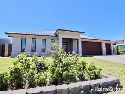15 Mcgirr Street, Bathurst 2795, NSW House Photo