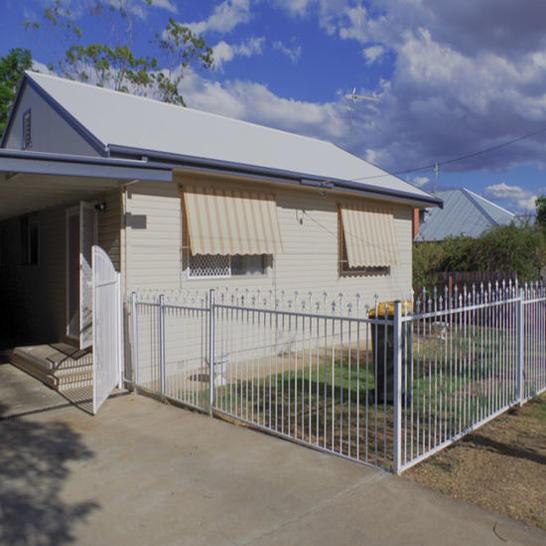 30 Diane Street, Tamworth 2340, NSW House Photo